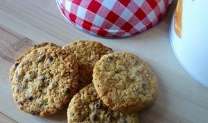 Cookies aux perles de chocolat et flocons d'avoine