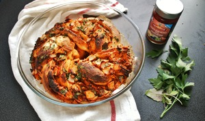 Swirl Pizza à la sauce Tramier aux olives façon pesto rosso