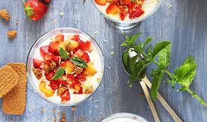 Crémeux aux abricots, fraises et speculoos