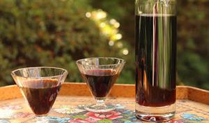 Nocino : Liqueur de noix vertes