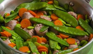 Poêlée de saucisses aux fèves