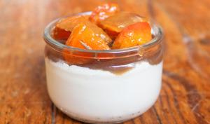 Panna cotta gourmande : abricots et crème de marrons