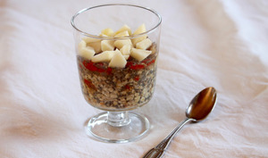 Overnight oat and chia porridge