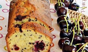 Cake cerises, grué de cacao
