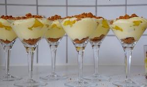 Verrine de mascarpone et ananas parfumé à la vanille