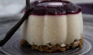 Panacottas à la vanille et aux fruits rouges