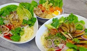 Buddha bowl , au poulet et au thon