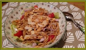 Salade de nouilles au poulet