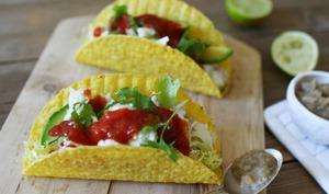 Tacos au poisson, à l'avocat et à l'aubergine