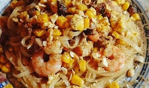Pad thaï crevettes porc maïs