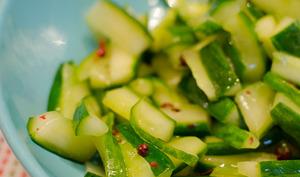 Salade de concombre au poivre de Sichuan