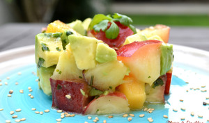 Salade de nectarine, avocat et coriandre