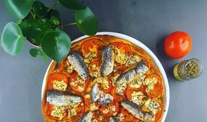 Tarte à la moutarde à l'ancienne, tomates et sardines