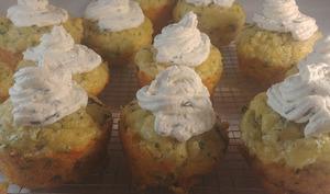 Muffins persillés au gruyère et topping au chèvre
