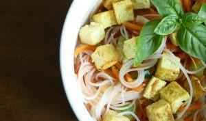 Tofu mariné au cumin et ses légumes