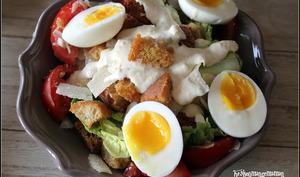 Salade césar aux oeufs mollets
