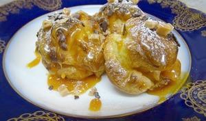 Choux à la crème vanillée et caramel au beurre salé