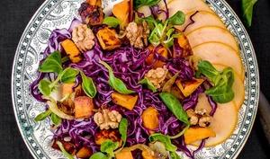 Salade au chou rouge et patates douces pour l'automne