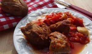 Sauté de veau au poivron et pulpe de tomate