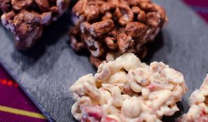 Riz soufflé au chocolat et aux fruits secs