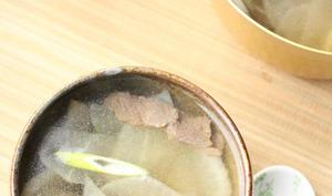 Soupe coréenne au radis blanc et au boeuf