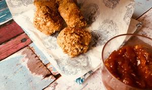 Nuggets aux flocons d'avoine et sauce BBQ maison