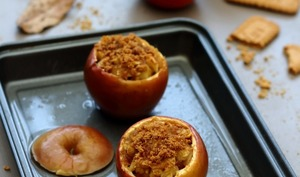 Pommes au four, miel et spéculoos