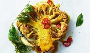 Steak de chou-fleur au curcuma frais