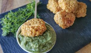 Falafels lentilles corail à l'indienne et sauce concombre-coriandre