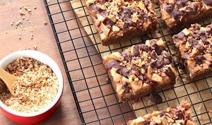Gâteau à la poire et noisette et chocolat fondant