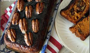 Cake au potiron aux épices , noix de pécan et sirop d'érable