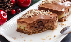 Entremet poire chocolat et son coeur surprise