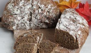 Le pain rustique maison en cocotte et au four