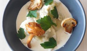 Ravioles de champignons, sauce crémée