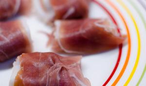 Bouchées de jambon Serrano à l'abricot
