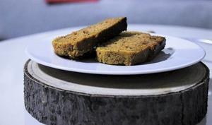 Gâteau moelleux à la courge musquée & noisettes