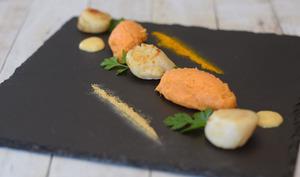 Noix de St Jacques aux épices et patate douce
