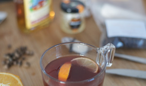 Vin chaud au piment de Jamaïque
