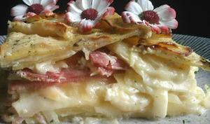 Gâteau de pommes de terre et raclette