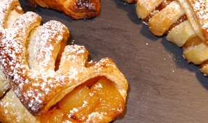 Jalousies aux pommes caramélisées et flambées au Calvados