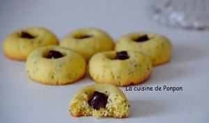 Biscuits aux graines de pavot garnis de ganache choco