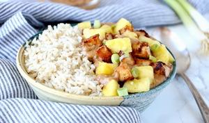 Sauté de tofu et ananas, sauce crémeuse au beurre de cacahuète