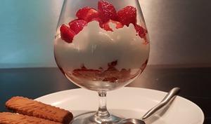 Trifle fraises mascarpone spéculoos