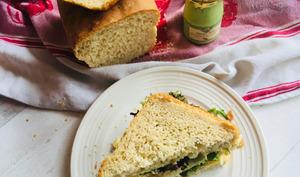 Sandwich pickles et mayonnaise à l'estragon