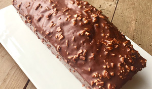 Cake marbré et glaçage rocher