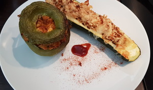 Légumes farcis poulet-riz paprika