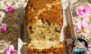 Cake au poulet, pruneaux et estragon