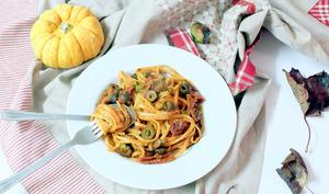 One pot pasta aux tomates séchées, olives et câpres
