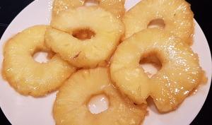 Ananas caramélisés