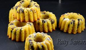 Mini Bundt Cakes au Pamplemousse et Airelles
